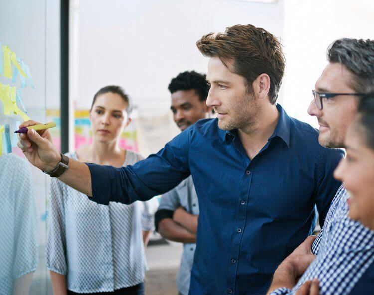 Four Ways Project Managers Can Stay On Schedule