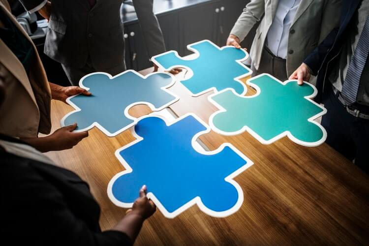 How to Get Your Finance and Project Management Departments in Sync